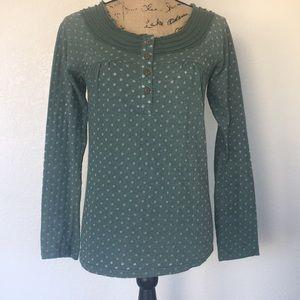 Long sleeve green polka dot top size M